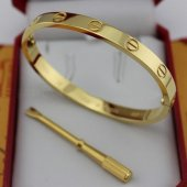 Love Bracelet Replique Cartier en or jaune avec un tournevis