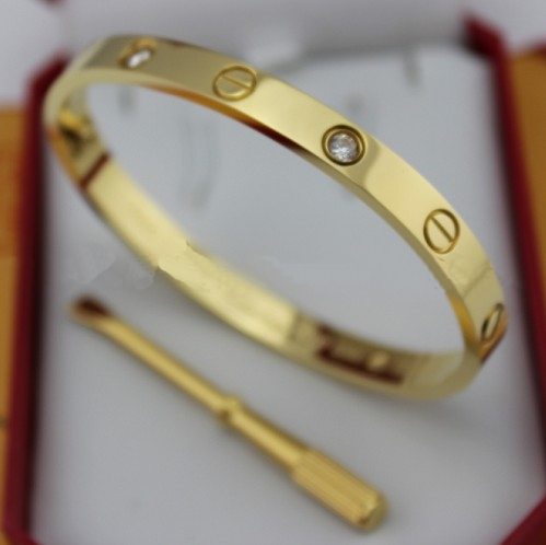 Replica Cartier Love Bracelet Yellow Gold with Diamonds and Screwdriver - Click Image to Close